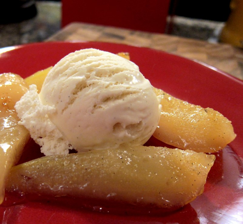 Freckled Citizen: Pretty perfect: Poached spiced pears