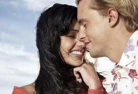 الزواج الناجح.. يبدأ بعد انتهاء السنة الأولى - عشق وغرام وحب ورومانسية - romantic feelings