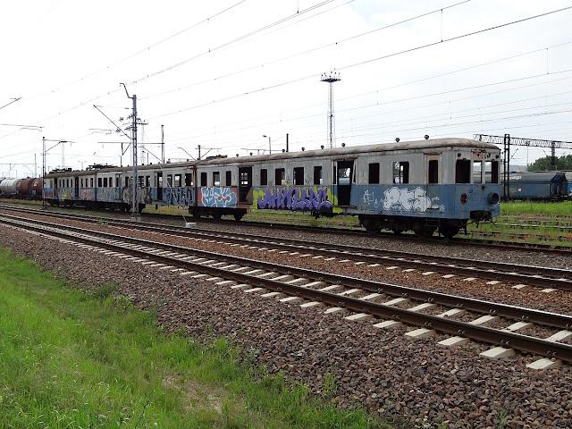 Elektryczny zespół trakcyjny EW51-36