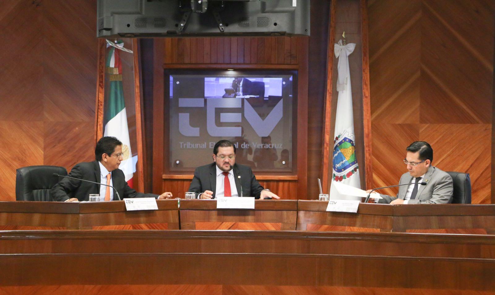 LE JALAN LAS OREJAS AL OPLEV: Ordena el TEV al OPLE Veracruz que modifique Reglamento