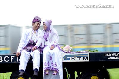 Gambar Outdoor Perkahwinan Izwan dan Ekin