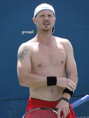 Alex Bogomolov Jr. Shirtless at Cincinnati Open 2011