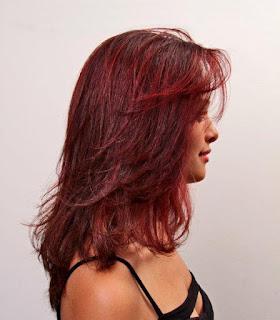 Sexy e ousado: Amend Cosméticos ensina a fazer mechas vermelhas em cabelos relaxados