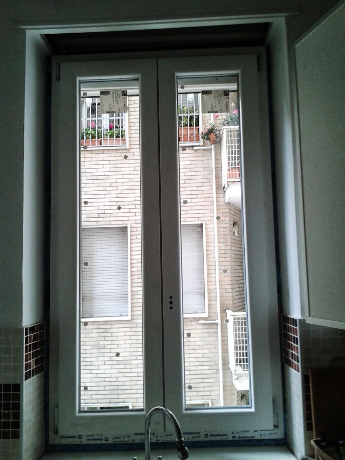 100 metri quadri di mondo finestre nuove solita polvere - Quadri con finestre ...