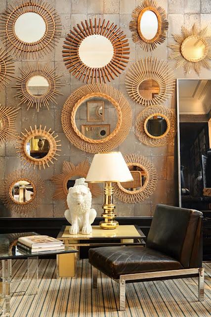 Spiegel in Mehrfach-Aufhängung - gleiches Design gleich harmonische Dekoration