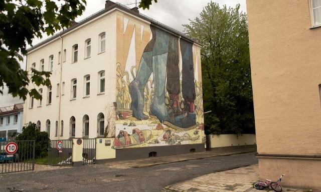 Street Art By Spanish Artist Aryz For Positive Propaganda In Munich, Germany. 3