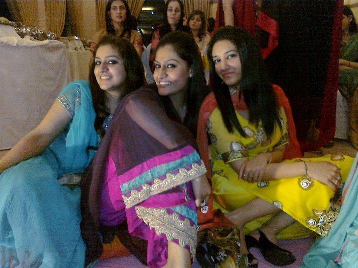 meet2girls photos Rati odi photo vekhi facebook song mp3 free downloadgolkes desi xxx visit www meet2girlscom overview share this page share on facebook share on twitter.