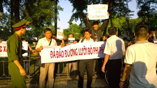10259793 656303971113761 7699291911994512378 n Preview of Anti China Protest in Front Of Chinese Embassy in Hanoi