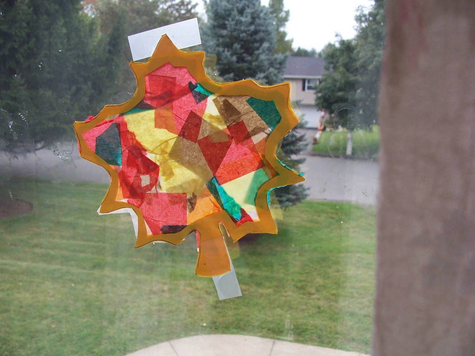 Tear fall colored construction paper into small pieces and glue - Have Child Rip Tissue Paper Into Small Pieces While He Or She Is Doing That Cut The Leaves You Need Two For Each Leaf And Then Leaving A Frame
