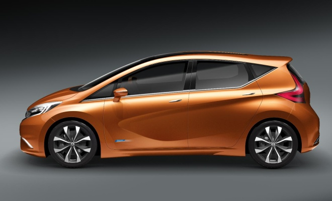 Nissan Invitation concept viewed from the side