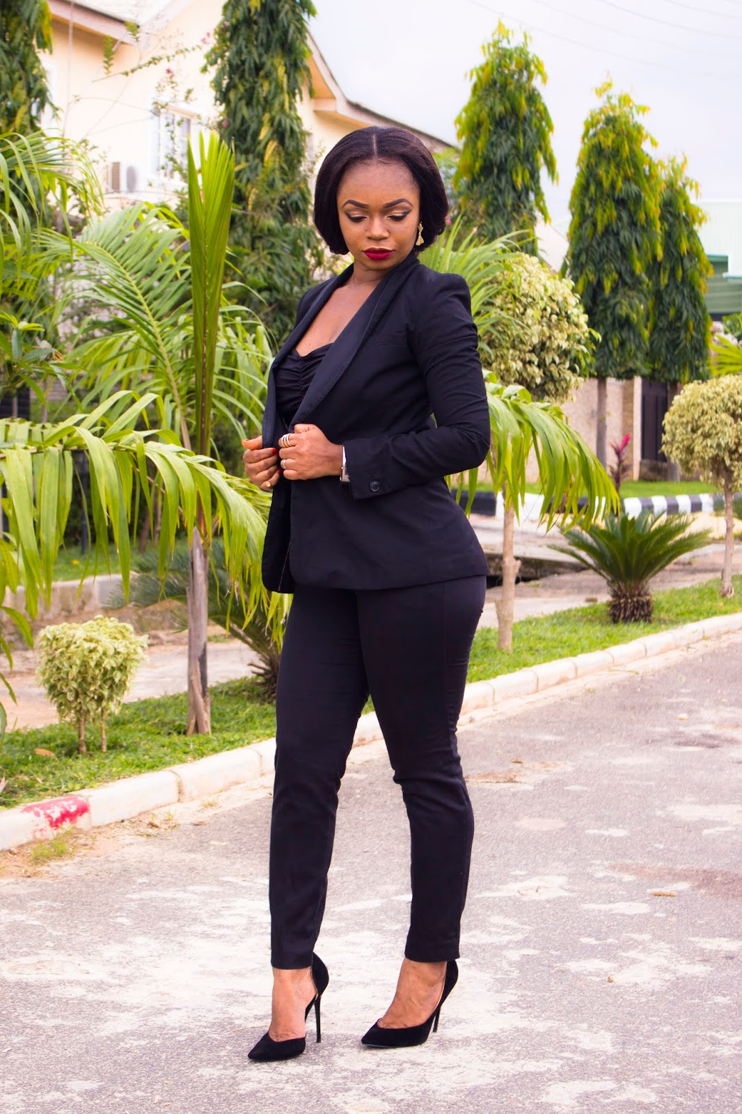 HnM Blazers and Pants and Black Boohoo Court Shoes = Pant suit as work wear