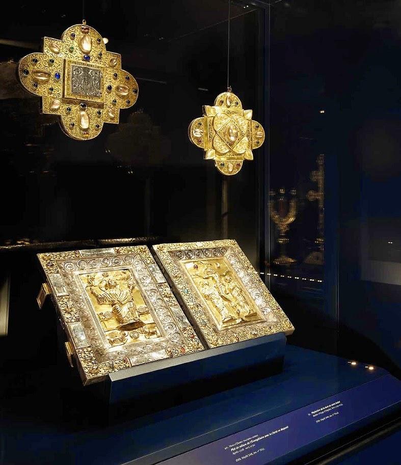 Φυλακτήρια με λείψανα του Αποστόλου Ανδρέα http://leipsanothiki.blogspot.be/