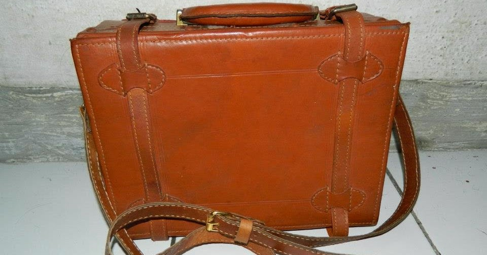 Kopinostalgia Vintage & Collectibles: [SOLD] KOPER / TRAVEL BAG ANTIK ...