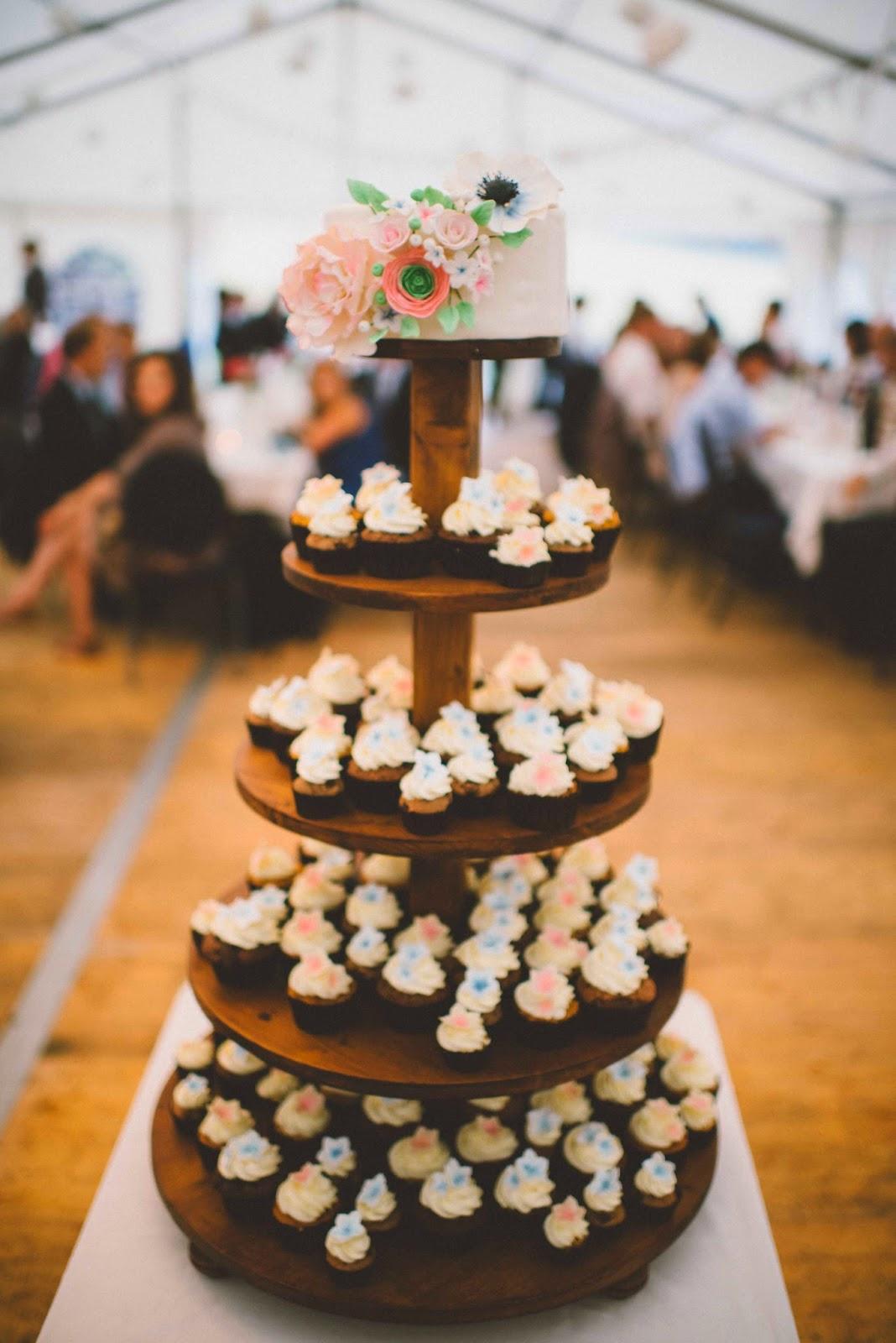 Wedding Cake Wedding Tower Cupcakes Cake Sugar Flowers Baking Carrot Cake Chocolate Cupcakes Swiss Meringue Buttercream Cream Cheese Frosting Wedding Season
