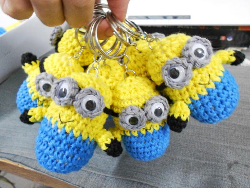 Amigurumi Minion Yapilisi : Firefly Crochet: Crochet Amigurumi minions