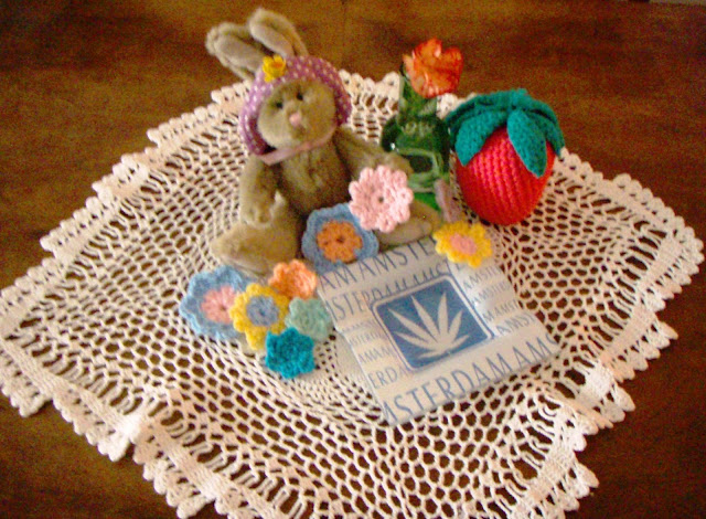 crochet flowers strawberry