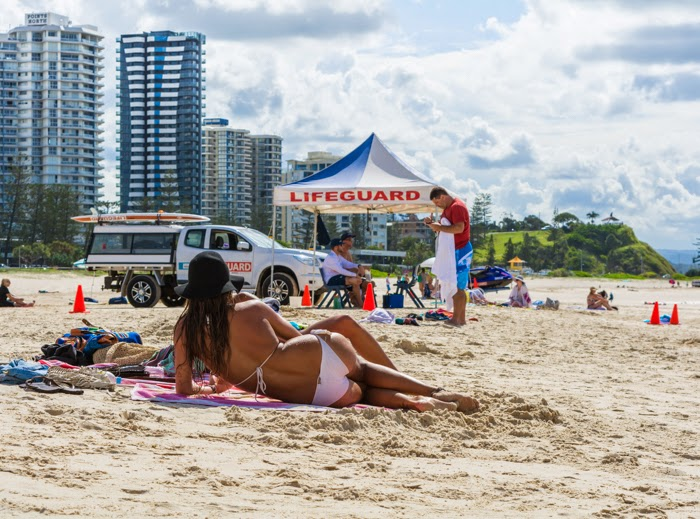 пляжи в голд кост девушки австралии