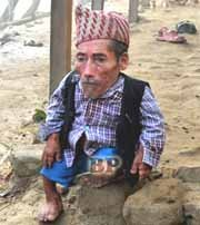 Chandra_ Bahadur_Dangi_Manusia_Terpendek_2012