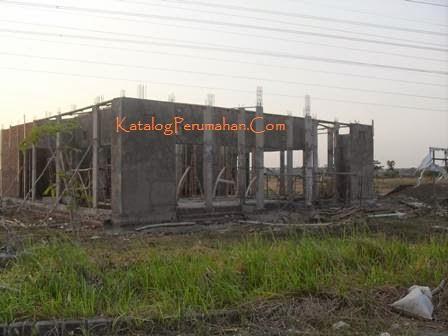 Pembangunan masjid Taman Wisata Regency