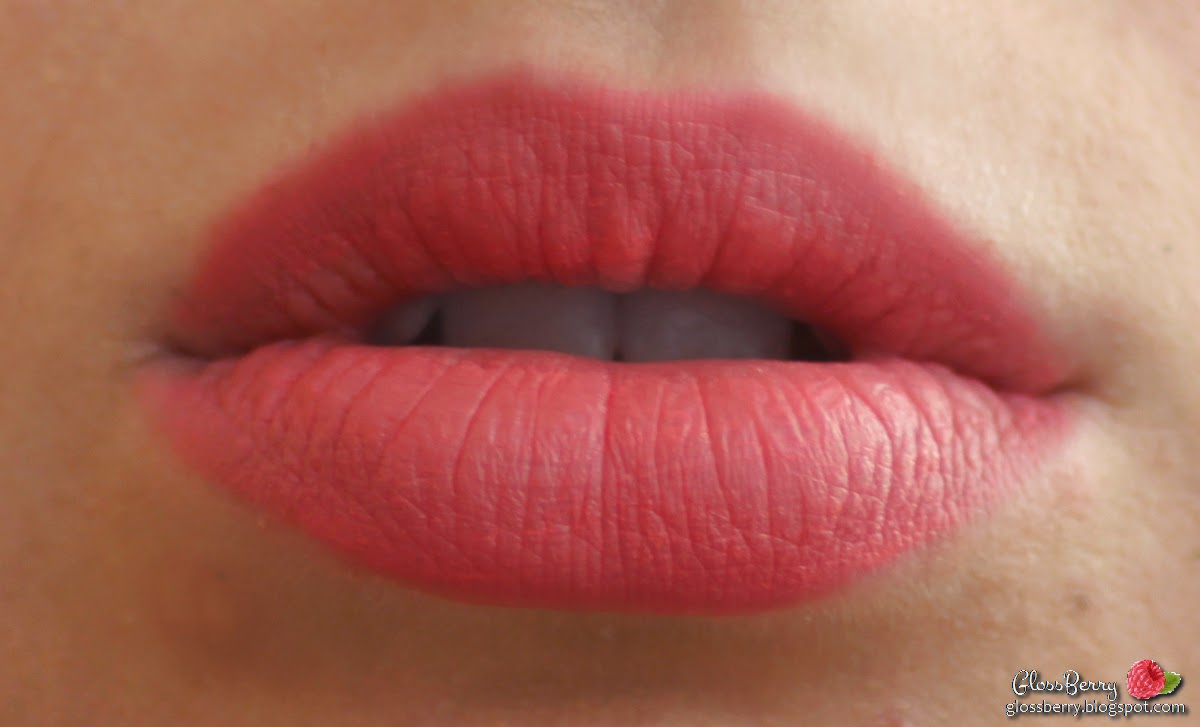 nyx soft matte lip cream lip color lipstick  swatches review  matte coral antwerp שפתון ניקס סקירה מט מאט   קורל קיץ אנטוורפ המלצות שפתיים