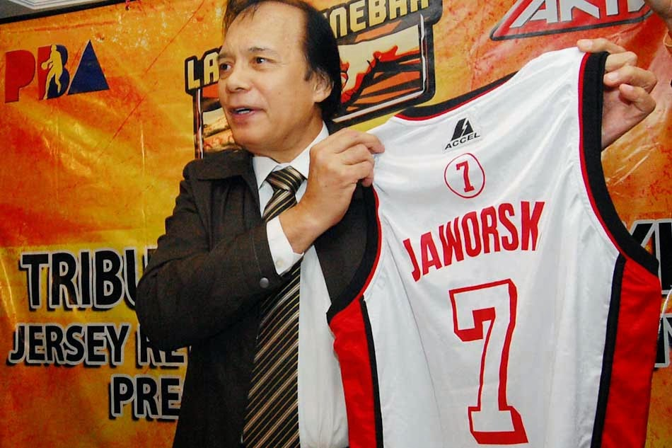 Coach Robert Jaworski