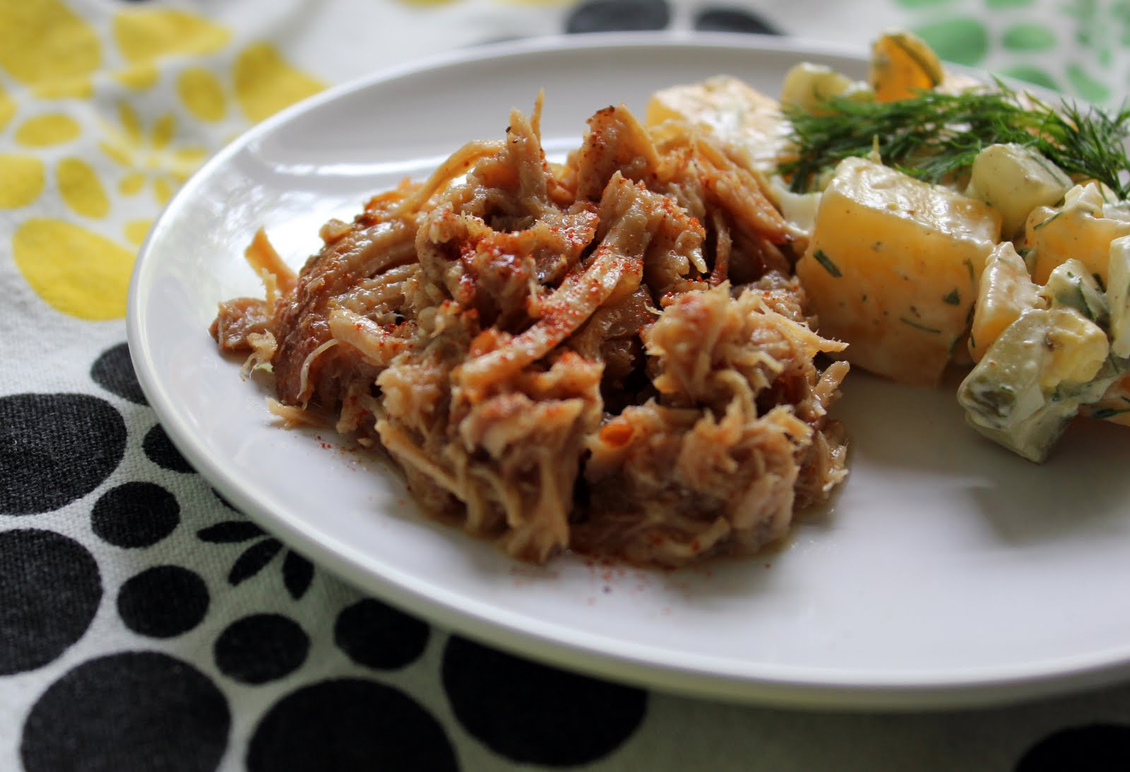 Eastern North Carolina style pulled pork ~ Stuff I Make My Husband