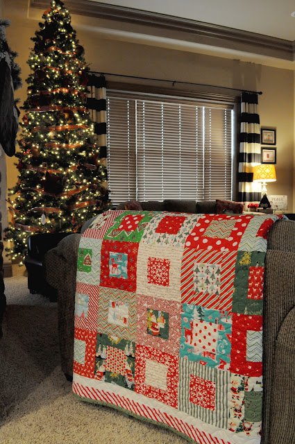 The Little Fabric Blog My Moms Christmas Quilt