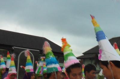 Keanehan MOS dan OSPEK di Indonesia