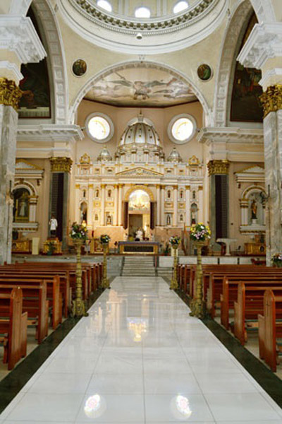 Its Formal Name Is The Minor Basilica Of San Lorenzo Ruiz But People Generally Refer To It As Binondo Church Had A Chinese Father