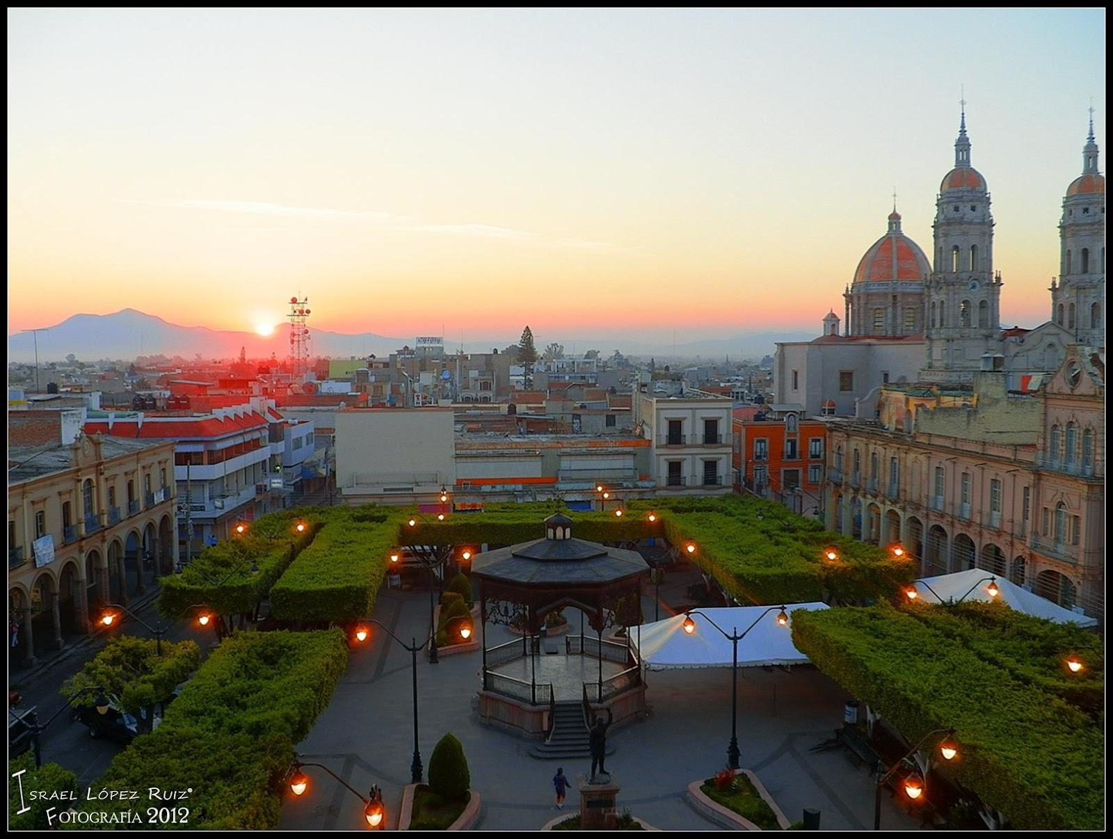 Jaime Ramos M  ndez  Plaza principal  kiosco y parroquia del Patr  n