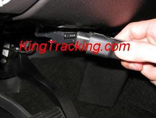 http://4.bp.blogspot.com/-AHTME5D889k/UMe1ZMAfG4I/AAAAAAAAAIk/6O9SM9S-xpc/s320/leo+obd+gps+tracker+miniature+gps+locator+connection.JPG