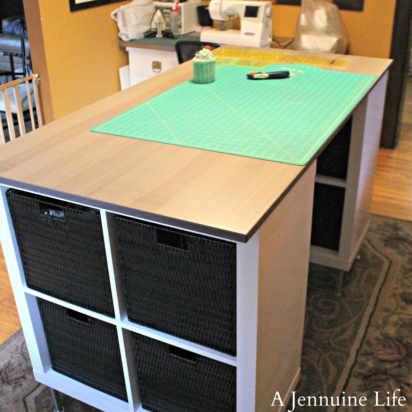 Make your own craft table - Diy