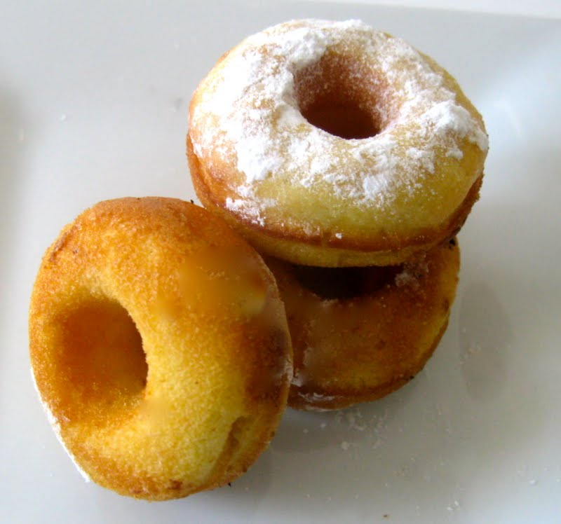 ... Mini Vanilla Donuts .. guilt free not fried | Sugar Baking Blog