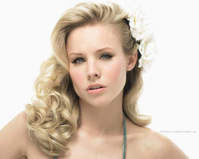Kristen Bell Wallpaper - Celebrity Close-Ups Wallpapers