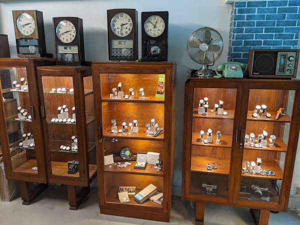 Grand Seiko vs Seikomatic Chronometer