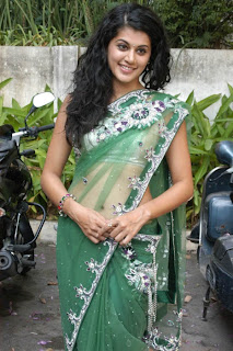 Tapsee-hot-in-saree-images-5
