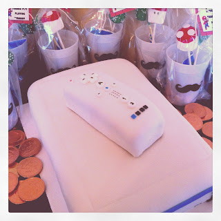 Wii cake, video game cake