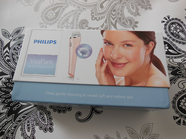 Philips VisaPure cleansing brush box