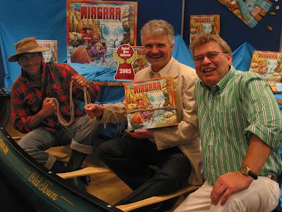 Niagara - Thomas Liesching (centre) the designer of the 2005 Spiel des Jahres winner with Albrecht Werstein CEO of Zoch GmbH (on left)