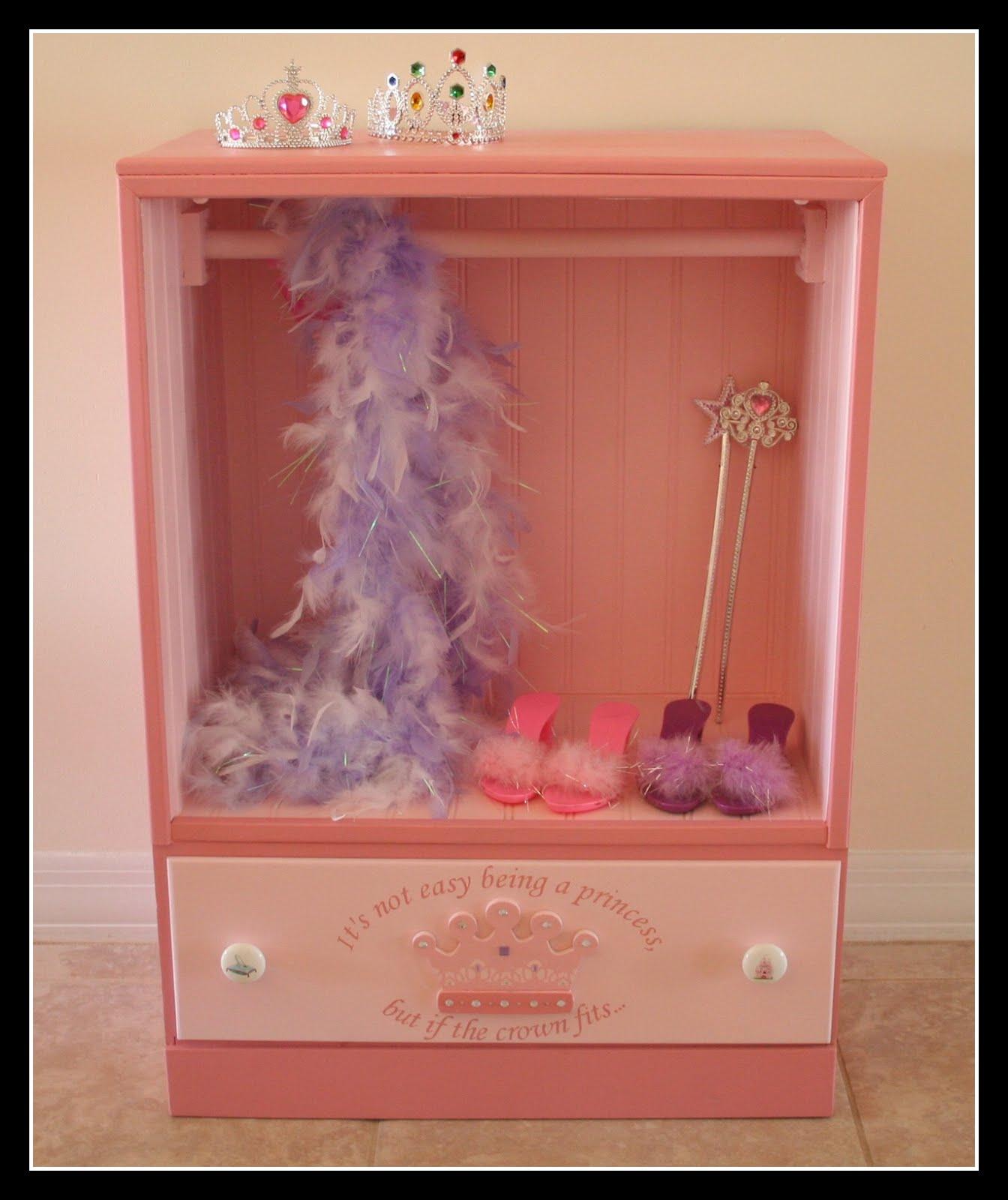 fresh cut flours not quite fit for a queen. Black Bedroom Furniture Sets. Home Design Ideas