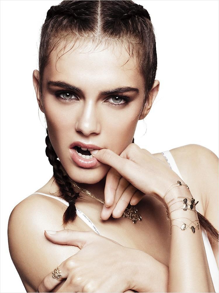 Model Anja Cihoric