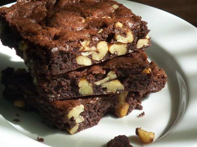 Wheat Free and Healthy: Gluten-Free Walnut Brownies