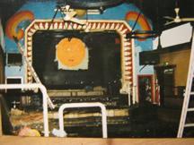 Der Trosse-Tanzbereich mit Bühne nach dem Brand - zum vergrößern bitte anklicken