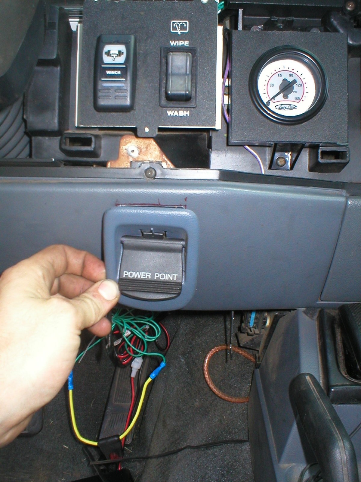 Nashs Off Road Install Of Air Gauge And Power Point In Jeep Cherokee Wiring