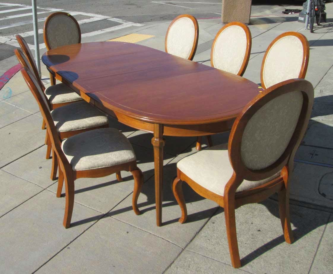 Posted By Uhuru Furniture Collectibles