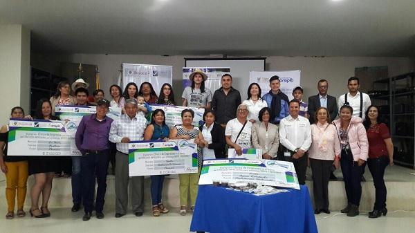"""Ocho empresas de Norte y Gutiérrez ganaron concurso empresarial """"Clínica de Empresas"""""""