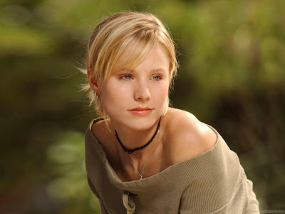 Kristen Bell Hollywood Latest Wallpaper-2011-1600x1200-06