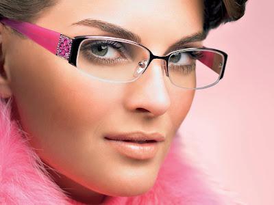 maquilhagem com óculos