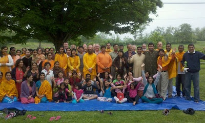 Radha Madhav Dham retreat led by devotees of Kripalu Maharaj