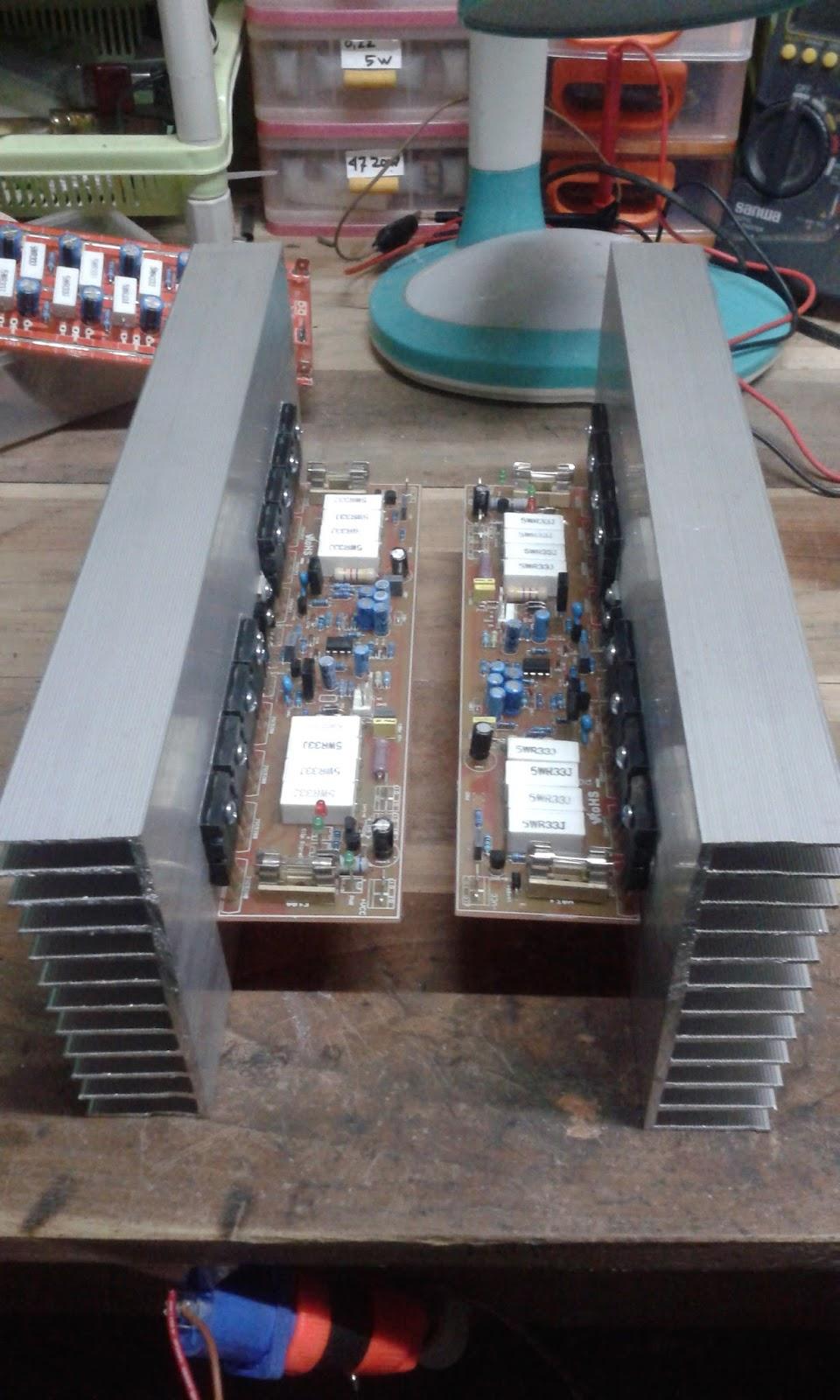 Power Amplifier para Profesional: APEX B500 TEF dan Standar